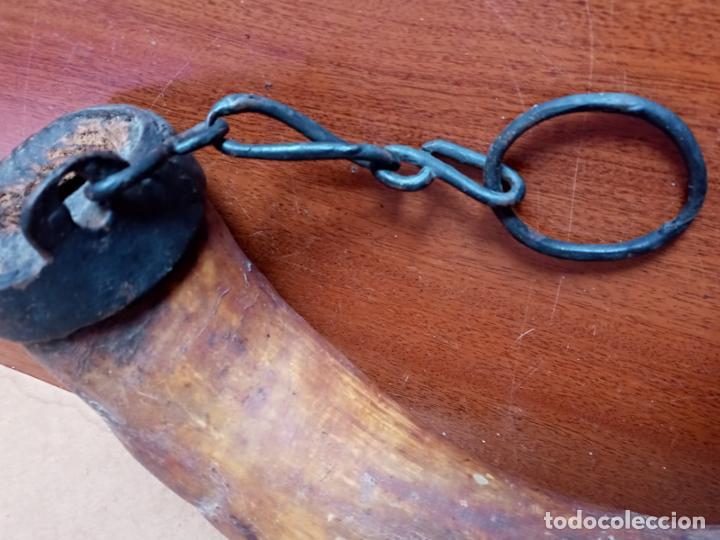 Antigüedades: Recipiente de asta- cuerno y hierro forjado- arte pastoril - Foto 3 - 226869000