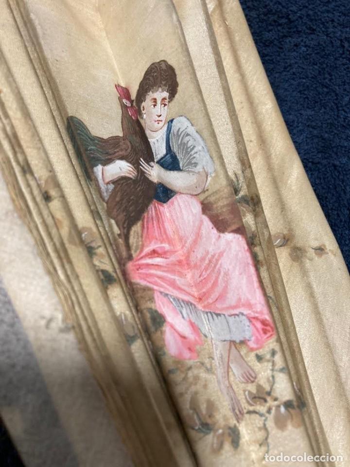 Antigüedades: Abanico grande antiguo seda pintado a mano para restaurar - Foto 2 - 226903522