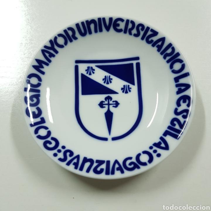SARGADELOS - COLEGIO MAYOR UNIVERSITARIO LA ESTILA - SANTIAGO (Antigüedades - Porcelanas y Cerámicas - Sargadelos)
