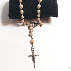 Antigüedades: ROSARIO ANTIGUO. CUENTAS DE SEMILLAS. IMÁGENES RELIGIOSAS. Lote 226940576