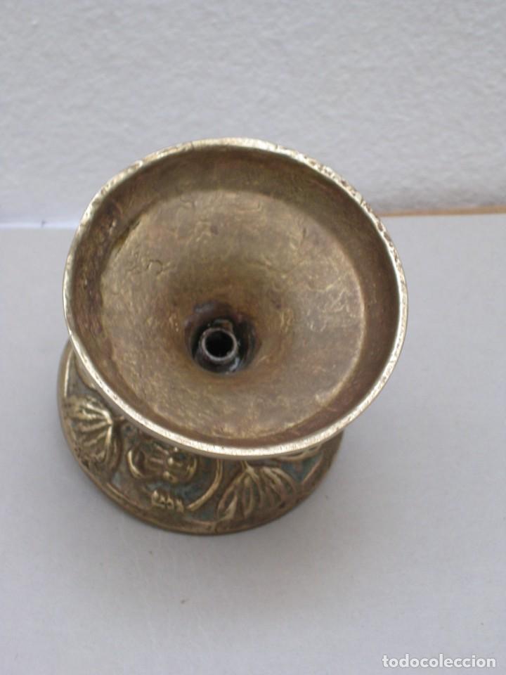 Antigüedades: Candelabro bronce. 420gr. - Foto 2 - 226953045
