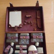 Antigüedades: ANTIGUO MALETÍN DE PIEL - NECESER PERSONAL DE VIAJE - 31 X 23 X 9 CMS. Lote 226953926