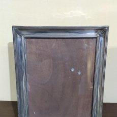 Antigüedades: BONITO MARCO PORTAFOTOS DE PLATA DE LEY. Lote 227004705