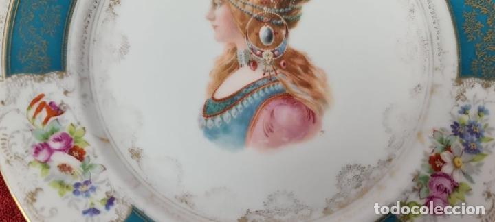 Antigüedades: PLATO EN PORCELANA ESMALTADA. HERMIONE. ALEMANIA. SIGLO XX. - Foto 3 - 227014132