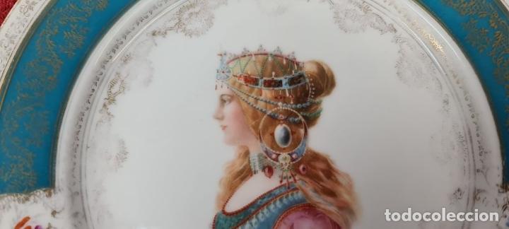 Antigüedades: PLATO EN PORCELANA ESMALTADA. HERMIONE. ALEMANIA. SIGLO XX. - Foto 4 - 227014132