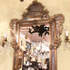 Antigüedades: ESPEJO VENECIANO COLOR MIEL DE MEDIADOS DEL SIGLO XX. Lote 227018785