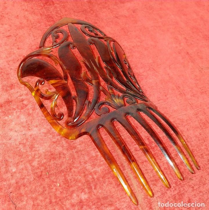 Antigüedades: PEINETA ART DECO. CELULOIDE SÍMIL CAREY TALLADO. ESPAÑA. CIRCA 1920 - Foto 5 - 227021709