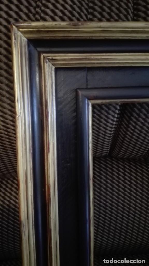 Antigüedades: Marco de madera negro y dorado - Foto 2 - 227024320