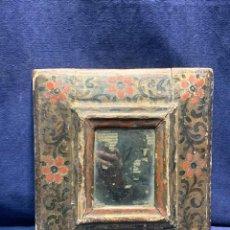 Antigüedades: PEQUEÑO ESPEJO MARCO FLORES LIMA CUZCO VIRREINATO DEL PERU COLONIAL S XVIII 27,5X25CMS. Lote 227079795