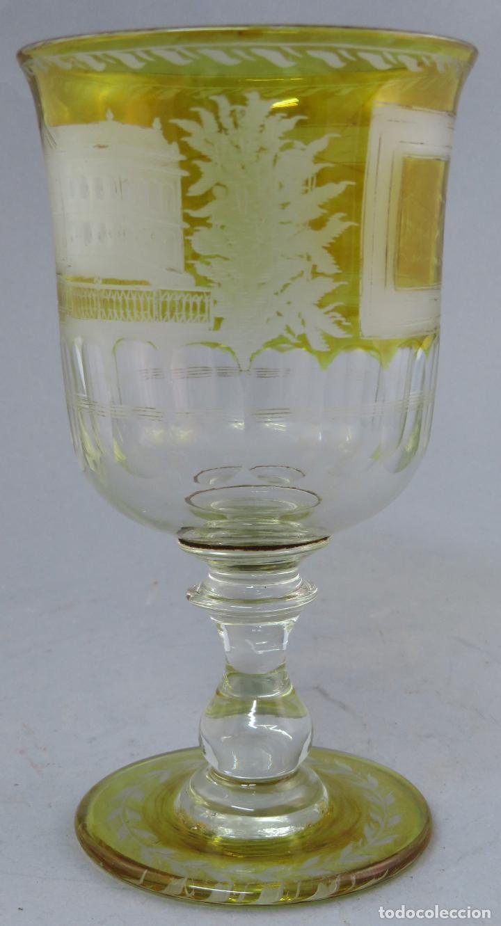 Antigüedades: Copa de cristal de La Granja transparente y ámbar con iniciales hacia 1900 - Foto 7 - 227127775