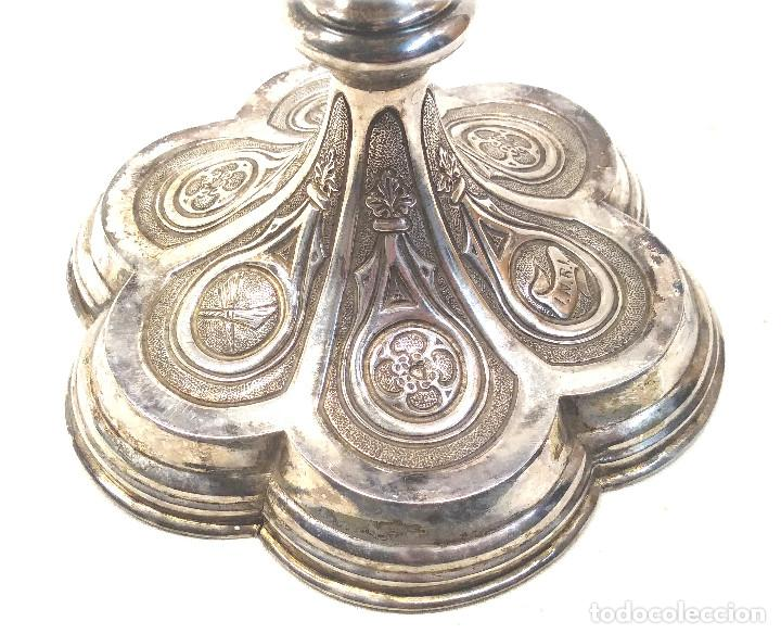 Antigüedades: Cáliz de Plata S XIX, cuño Rovira i Uriol Cinzelado y Labrado, buen estado. Med. 24 cm - Foto 6 - 227127955