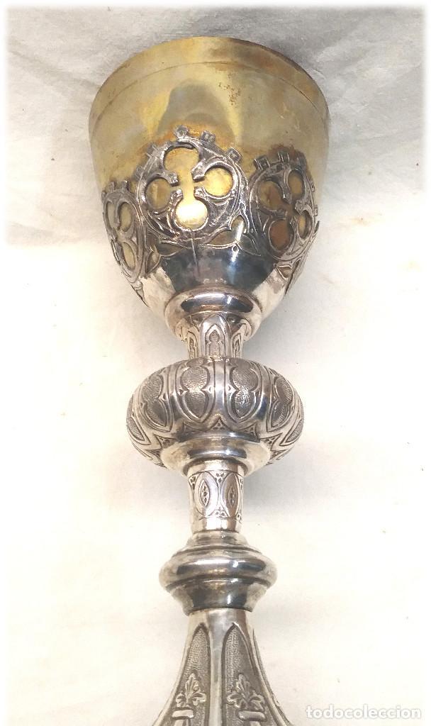 Antigüedades: Cáliz de Plata S XIX, cuño Rovira i Uriol Cinzelado y Labrado, buen estado. Med. 24 cm - Foto 8 - 227127955