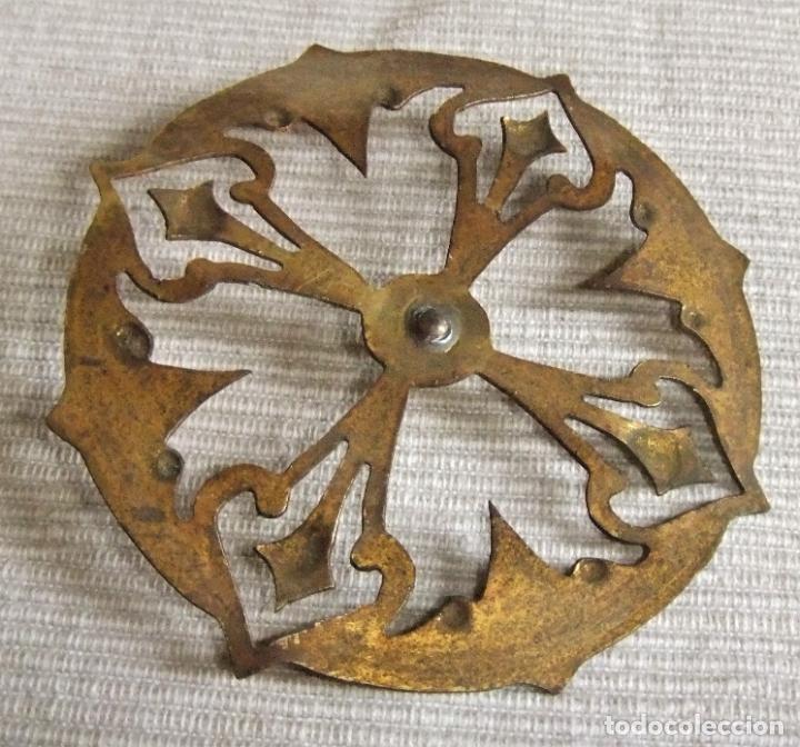 Antigüedades: ANTIGUA CORONA DE METAL DORADO PARA IMAGEN FIGURA RELIGIOSA - Foto 4 - 227167000