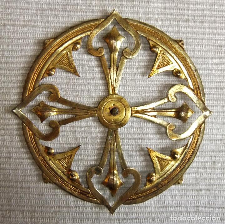 ANTIGUA CORONA DE METAL DORADO PARA IMAGEN FIGURA RELIGIOSA (Antigüedades - Religiosas - Orfebrería Antigua)