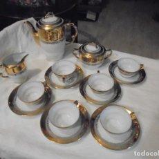 Antiquités: JUEGO DE CAFE BLANCO Y ORO SANTA CLARA.6 SERVICIOS.LEER DESCRIPCION. Lote 227579886