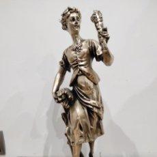 Antigüedades: GRAN FIGURA DAMA DE 55CM, BAÑADA EN PLATA. CON BASE DE MARMOL.. Lote 227594475