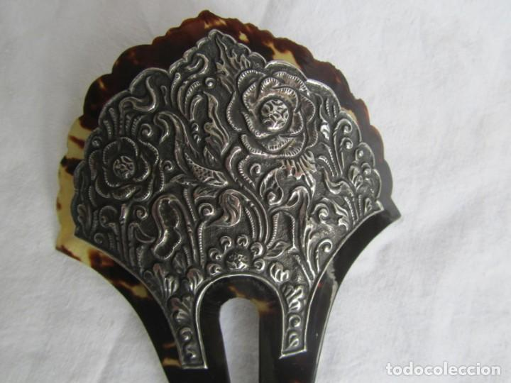 Antigüedades: Preciosa peineta de carey con relieves de plata - Foto 2 - 227604710