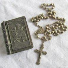 Antigüedades: ROSARIO EN MINIATURA, CAJA O ESTUCHE METÁLICO EN FORMA DE LIBRO. Lote 227606105