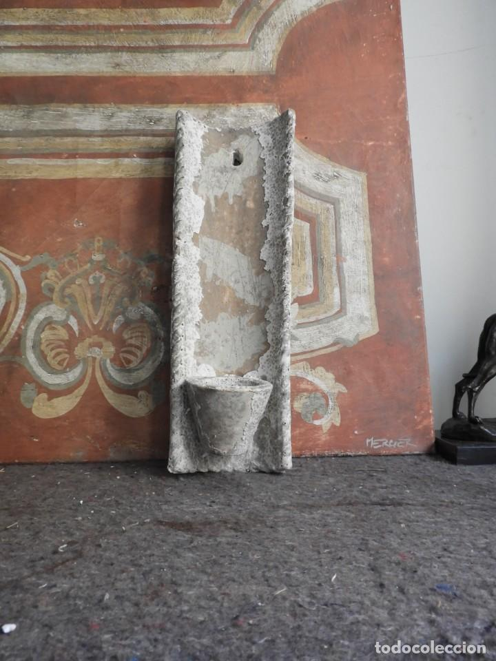 Antigüedades: MACETERO DE TERRACOTA CON FORMA DE TEJA - Foto 2 - 227653675