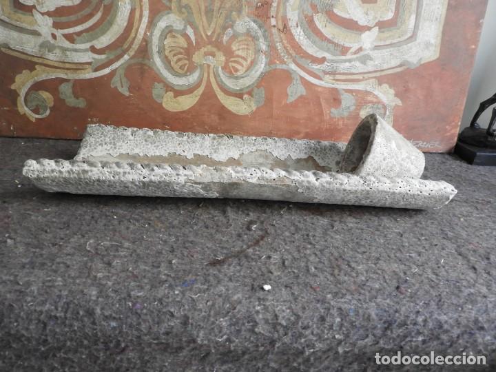 Antigüedades: MACETERO DE TERRACOTA CON FORMA DE TEJA - Foto 4 - 227653675
