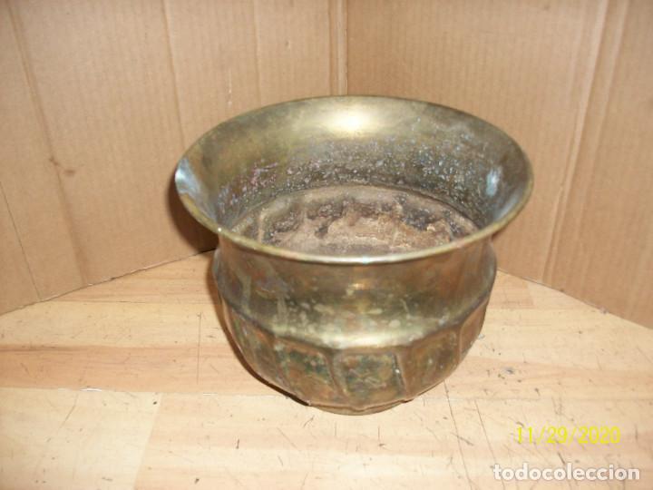 ANTIGUO MACETERO DE BRONCE (Antigüedades - Hogar y Decoración - Maceteros Antiguos)