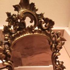 Antigüedades: ANTIGUA MARCO DE BRONCE CRISTAL BISELADO. Lote 227747245