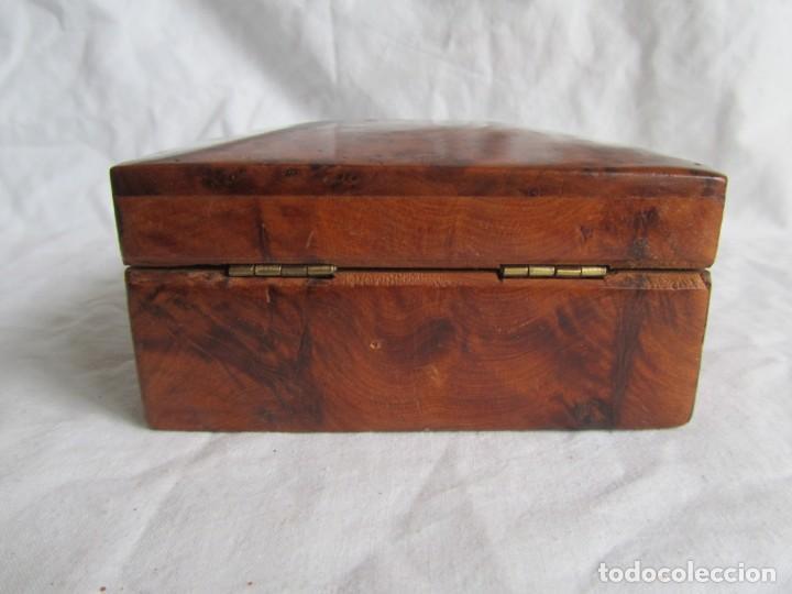 Antigüedades: Caja joyero de madera de raiz - Foto 5 - 227885720