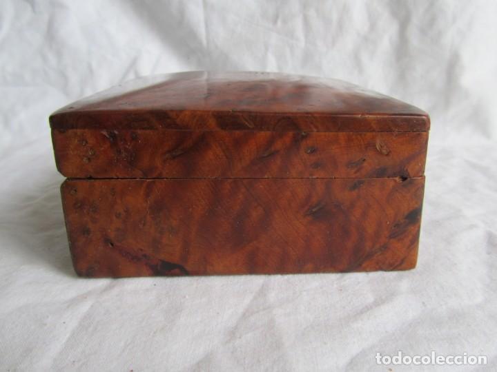 Antigüedades: Caja joyero de madera de raiz - Foto 6 - 227885720