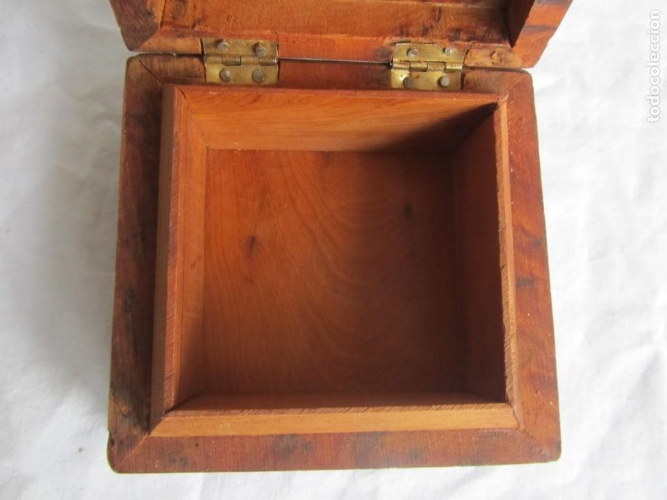 Antigüedades: Caja joyero de madera de raiz - Foto 9 - 227885720