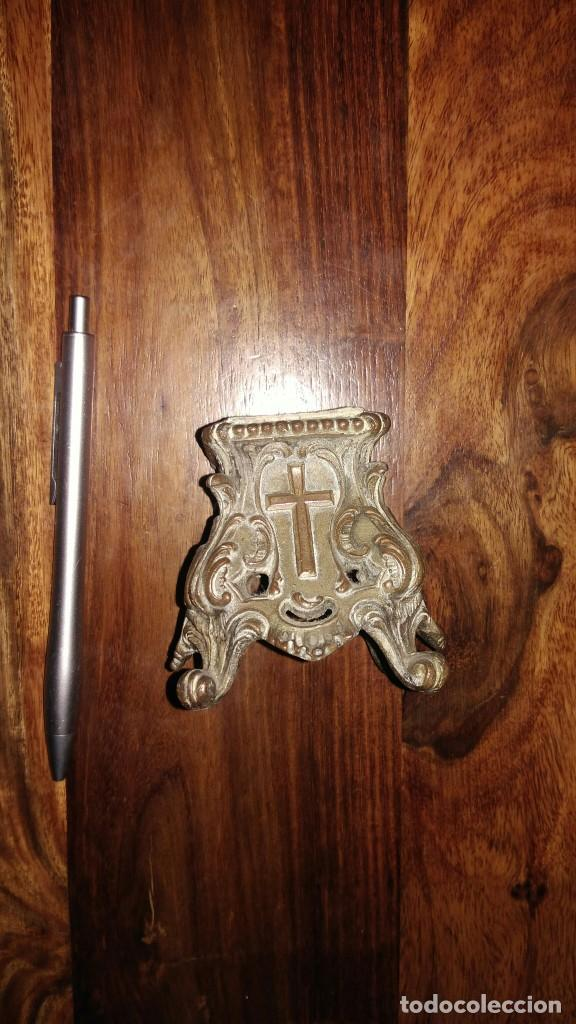 PEANA O MENSULA PARA FIGURA RELIGIOSA (Antigüedades - Religiosas - Ornamentos Antiguos)