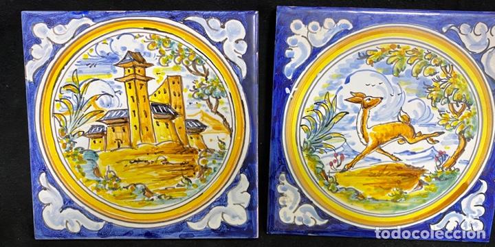 2 AZULEJOS CIERVO Y CASTILLO PINTADOS A MANO DE TALAVERA (Antigüedades - Porcelanas y Cerámicas - Talavera)