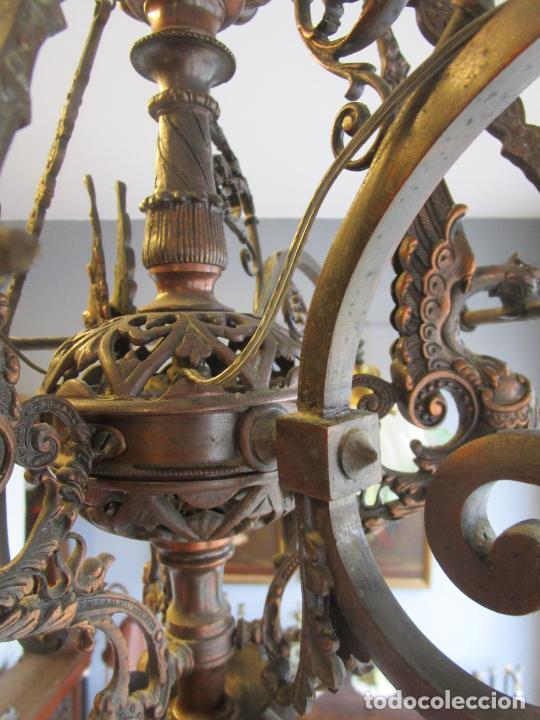 Antigüedades: Antigua Lámpara de Techo de Gas - Bronce - Tulipas de Cristal - 3 Luces - Electrificada - Funciona - Foto 16 - 228007275