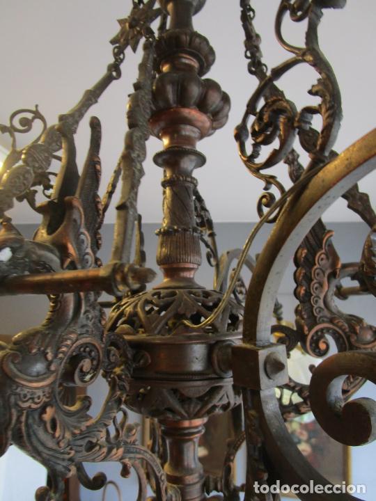 Antigüedades: Antigua Lámpara de Techo de Gas - Bronce - Tulipas de Cristal - 3 Luces - Electrificada - Funciona - Foto 20 - 228007275
