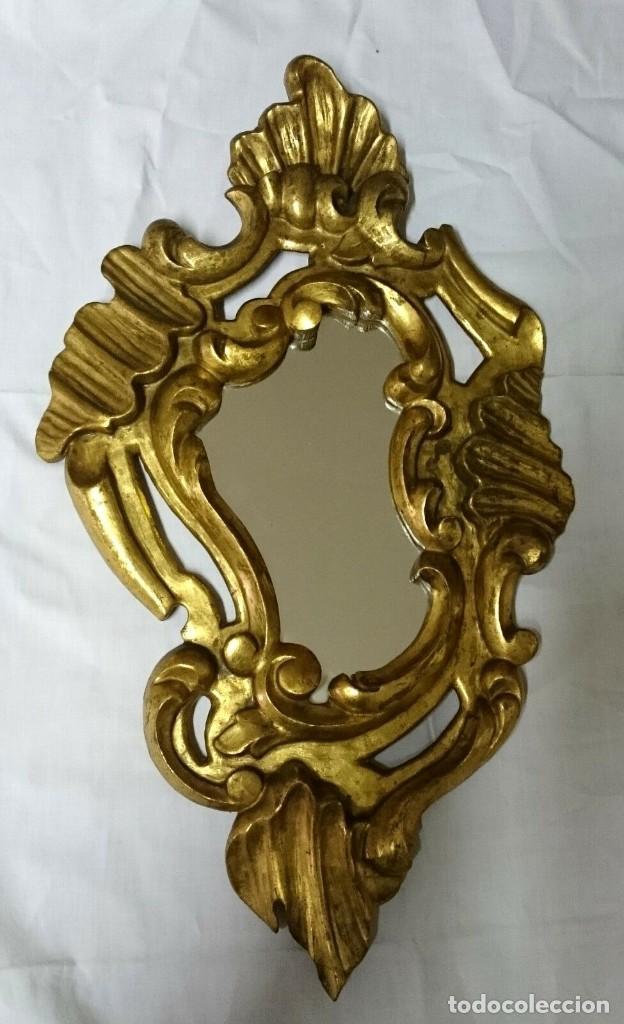 Antigüedades: Espejo, cornucopia de nogal dorada al oro fino. S.XVIII.54x32 cm - Foto 3 - 228046965