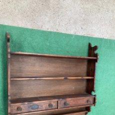Antigüedades: ANTIGUA Y GRAN ESTANTERIA DE MADERA!. Lote 228051770