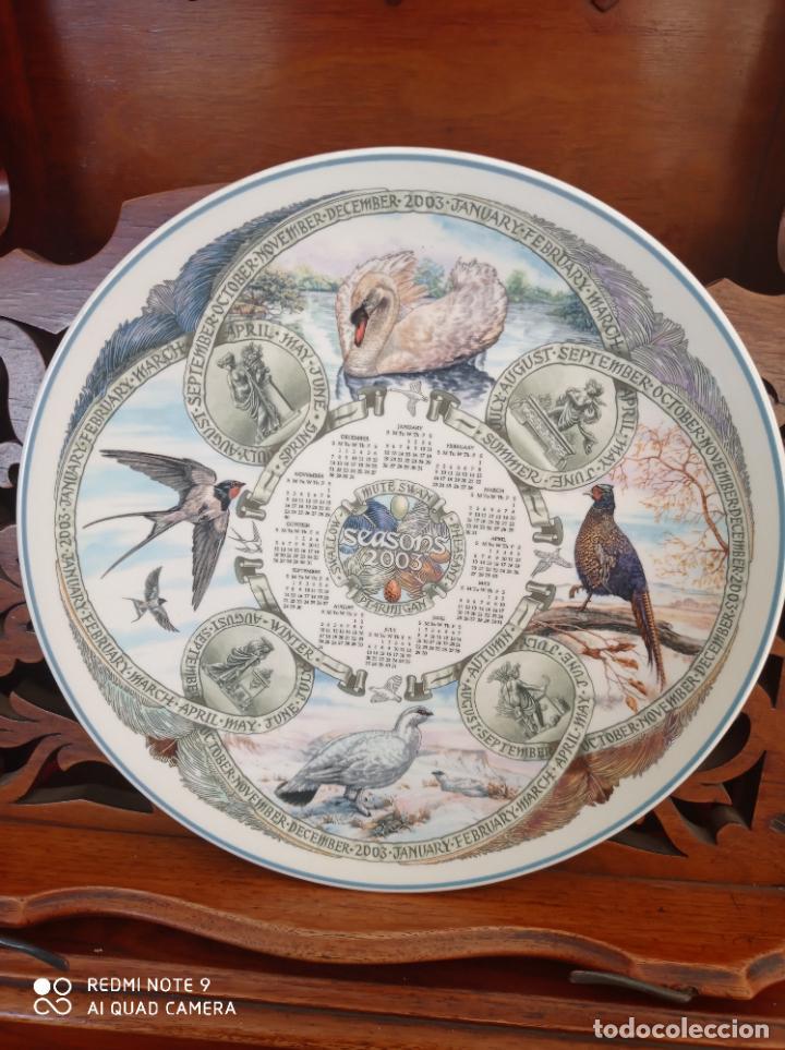 Antigüedades: PLATO CALENDARIO DE PORCELANA INGLESA WEDGWOOD DEL AÑO 2003, SEASONS BIRDS. 26 CMS - Foto 3 - 228070850