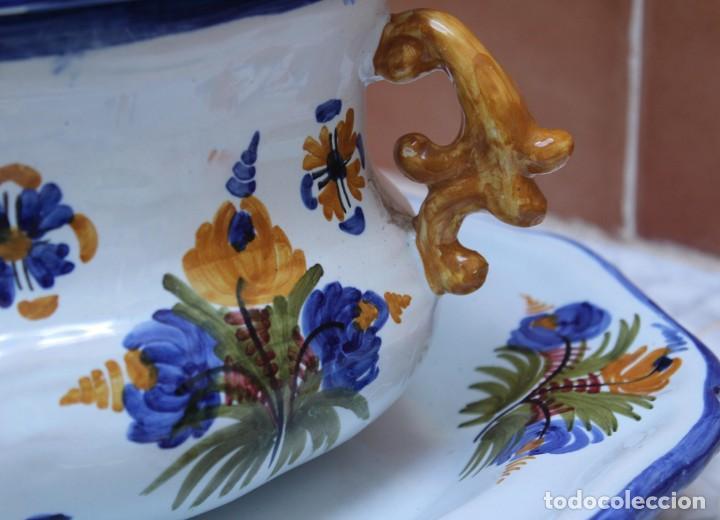 Antigüedades: GRAN SOPERA Y BANDEJA DE TALAVERA. - Foto 3 - 228104295