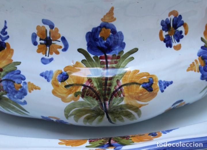 Antigüedades: GRAN SOPERA Y BANDEJA DE TALAVERA. - Foto 5 - 228104295