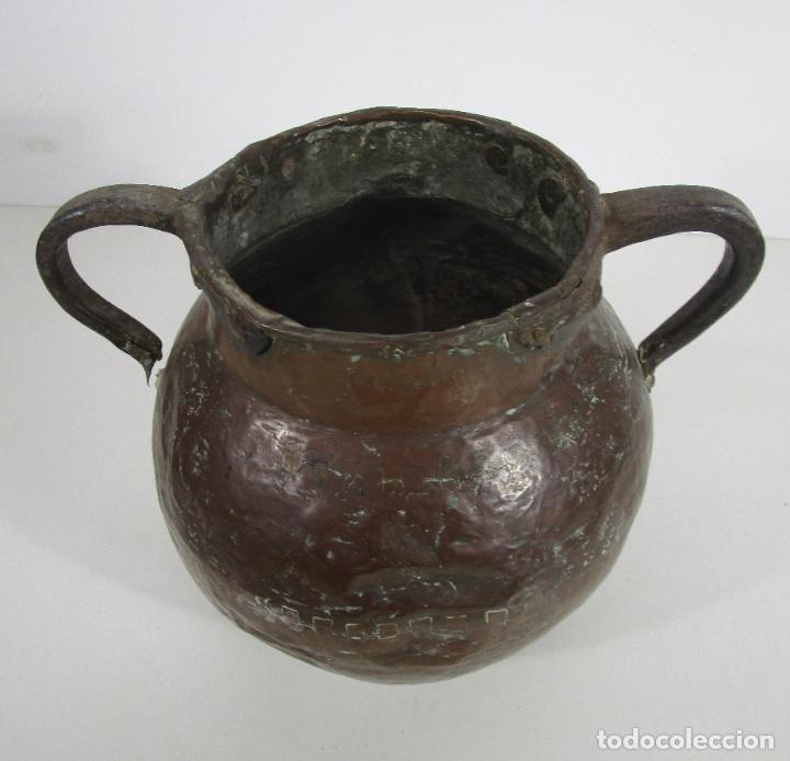 Antigüedades: Antigua Jarra de Cobre - Caldero - Asas de Hierro Forjado - S. XVIII-XIX - Foto 15 - 228140100