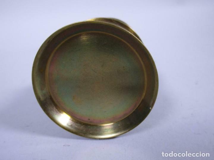 Antigüedades: ANTIGUA Y PEQUEÑA LAMPARA MINERO EN LATON 18 CM Y 24 CM TOTAL 6 cm Ø - Foto 4 - 243198135