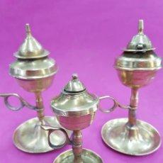 Antigüedades: LOTE 3 LAMPARAS DE ACEITE DE LATÓN, CAPUCHINAS. Lote 228190705