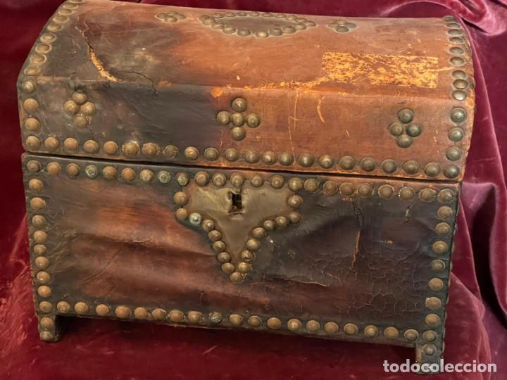 BAÚL PEQUEÑO (Antigüedades - Muebles Antiguos - Baúles Antiguos)