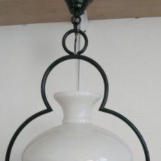 Antiguidades: LAMPARA DE TECHO QUINQUÉ. TULIPA CRISTAL BLANCO. Lote 228317645