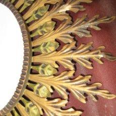 Antigüedades: GRAN ESPEJO MARCO FORJA DORADA TIPO SOL VINTAGE MIDCENTURY. Lote 228347235