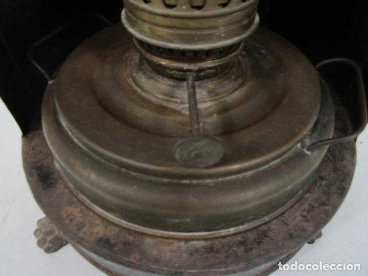 Antigüedades: Decorativa Estufa de Petróleo Antigua - Marca Sepulchre - S.XIX - Foto 5 - 228423865