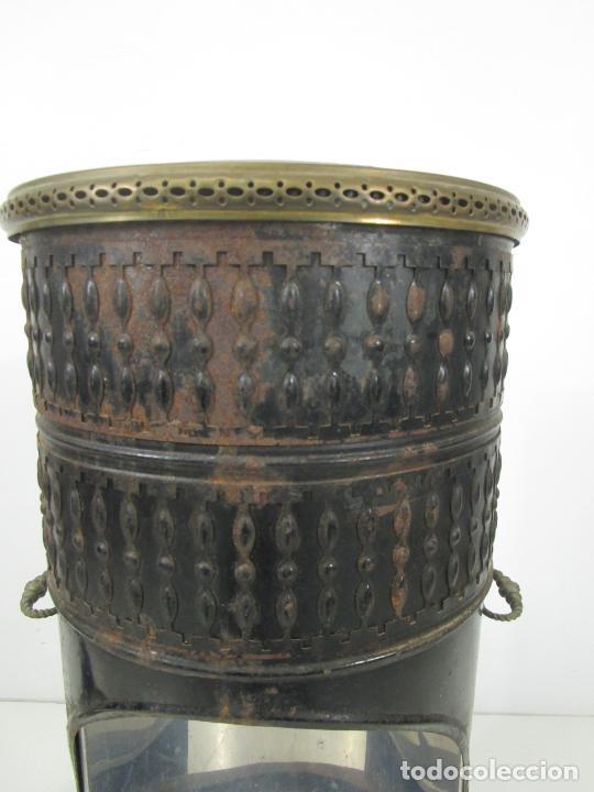 Antigüedades: Decorativa Estufa de Petróleo Antigua - Marca Sepulchre - S.XIX - Foto 17 - 228423865
