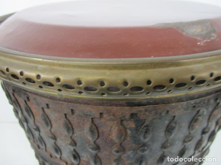 Antigüedades: Decorativa Estufa de Petróleo Antigua - Marca Sepulchre - S.XIX - Foto 19 - 228423865