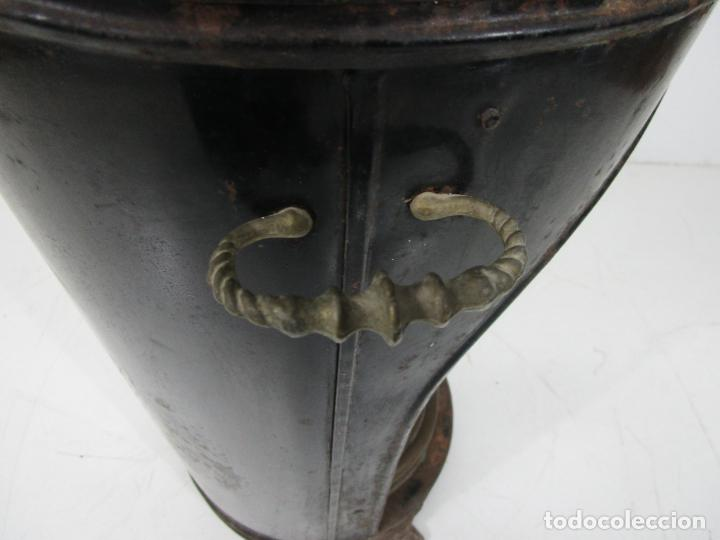 Antigüedades: Decorativa Estufa de Petróleo Antigua - Marca Sepulchre - S.XIX - Foto 24 - 228423865