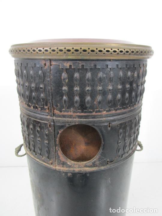 Antigüedades: Decorativa Estufa de Petróleo Antigua - Marca Sepulchre - S.XIX - Foto 28 - 228423865