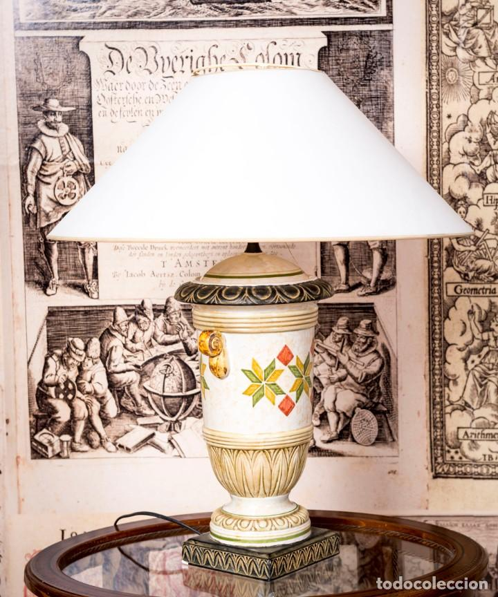 LÁMPARA DE SOBREMESA BENLLOCH (Antigüedades - Iluminación - Lámparas Antiguas)